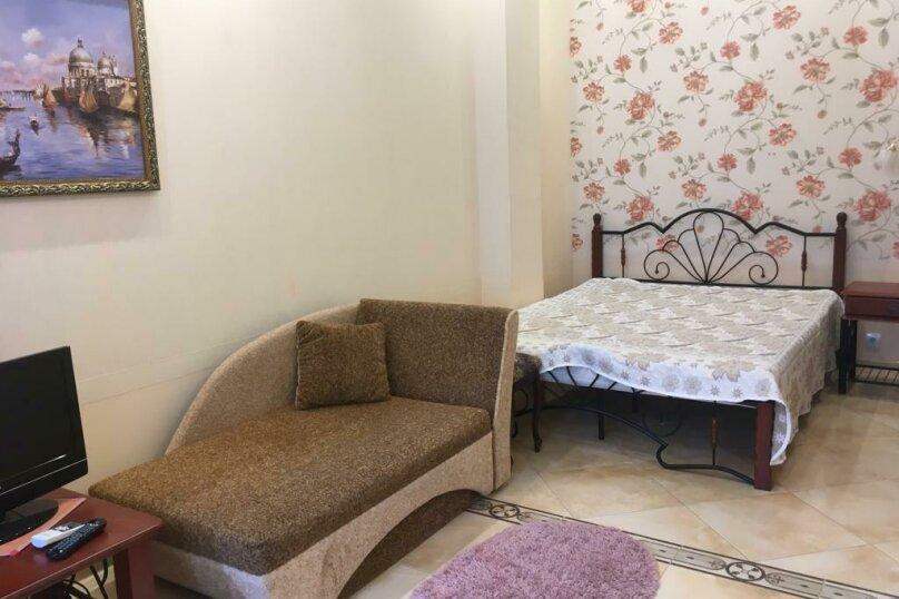 Гостевой дом  с двориком  студия №2 пляж чистый, 22 кв.м. на 3 человека, 1 спальня, Поликуровская улица, 5, Ялта - Фотография 15