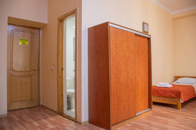 """Отель """"Центральный"""", улица Островского, 10 на 40 номеров - Фотография 36"""