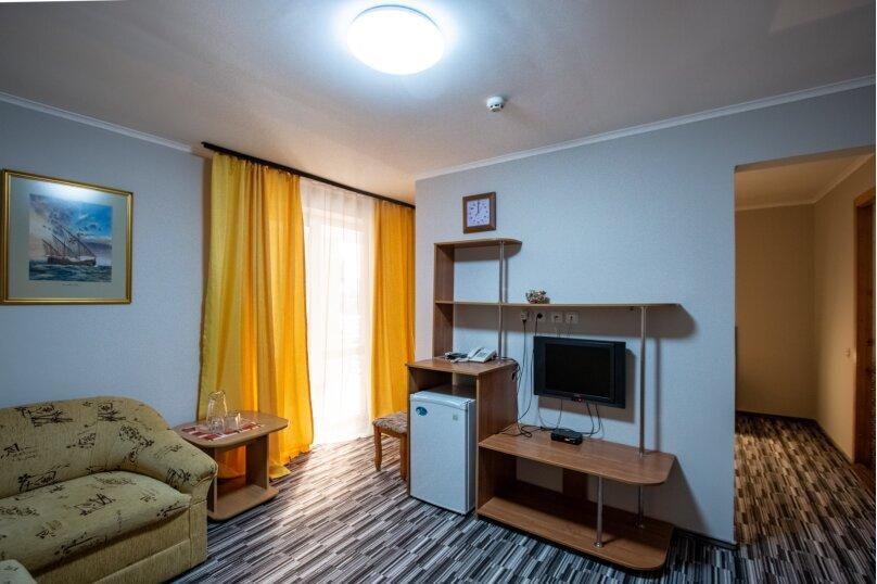 """Отель """"Центральный"""", улица Островского, 10 на 40 номеров - Фотография 22"""