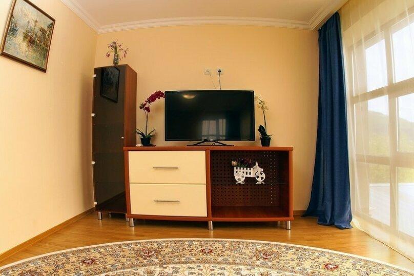 Отдельная комната, улица Островского, 10, Геленджик - Фотография 1
