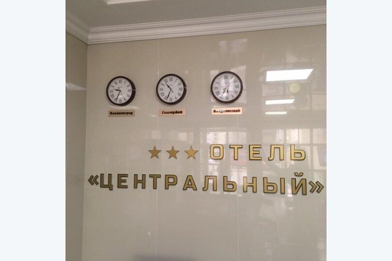 """Отель """"Центральный"""", улица Островского, 10 на 40 номеров - Фотография 2"""