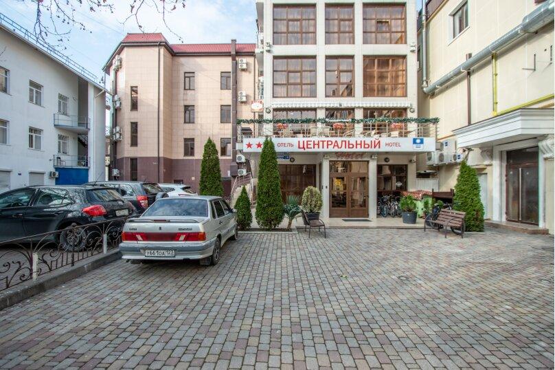 """Отель """"Центральный"""", улица Островского, 10 на 40 номеров - Фотография 3"""