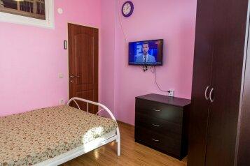2-комн. квартира, 45 кв.м. на 6 человек, Бамбуковая улица, 42А, Новый Сочи, Сочи - Фотография 1