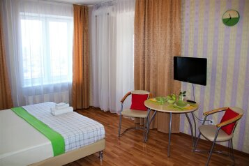 1-комн. квартира, 35 кв.м. на 2 человека, улица 50 лет ВЛКСМ, 13к3, Тюмень - Фотография 1