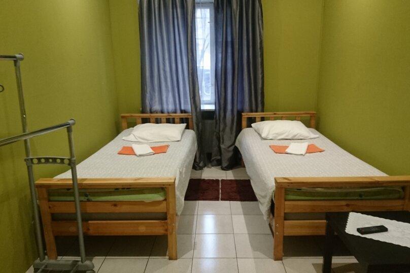 2-х местная комната с раздельными кроватями, улица Шверника, 16к1, Москва - Фотография 2