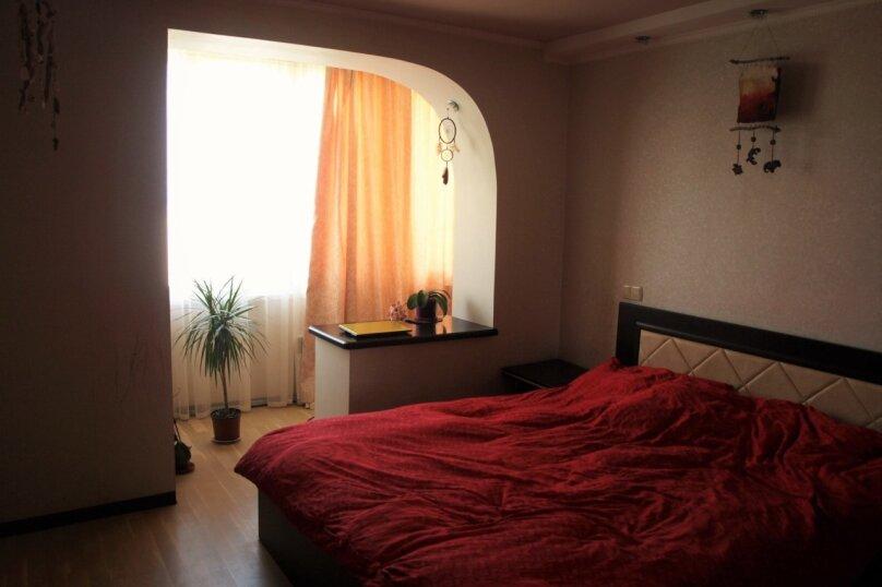 2-комн. квартира, 60 кв.м. на 5 человек, улица Левитана, 5, Алупка - Фотография 1