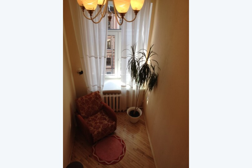 3-комн. квартира, 15 кв.м., 12-я линия Васильевского острова, 21, Санкт-Петербург - Фотография 7