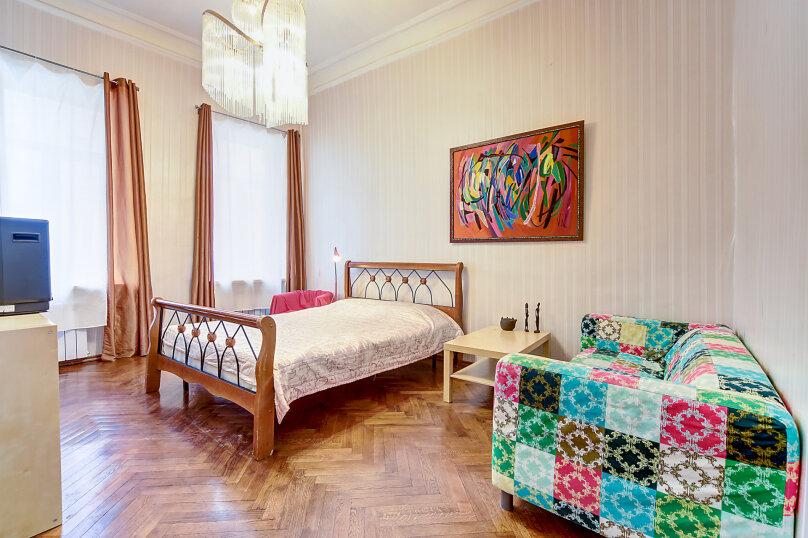 2-комн. квартира, 65 кв.м. на 5 человек, набережная реки Мойки, 27, Санкт-Петербург - Фотография 1