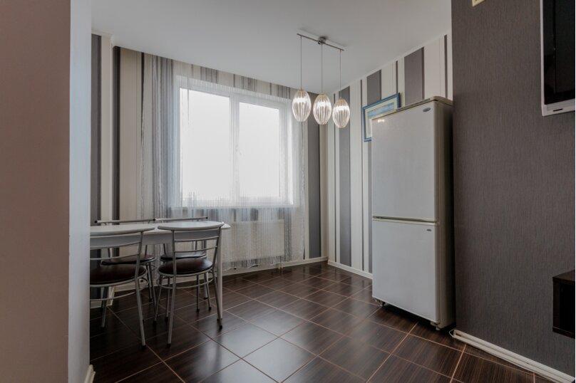 2-комн. квартира, 70 кв.м. на 4 человека, Донецкая улица, 16А, Волгоград - Фотография 7
