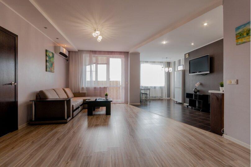 2-комн. квартира, 70 кв.м. на 4 человека, Донецкая улица, 16А, Волгоград - Фотография 8