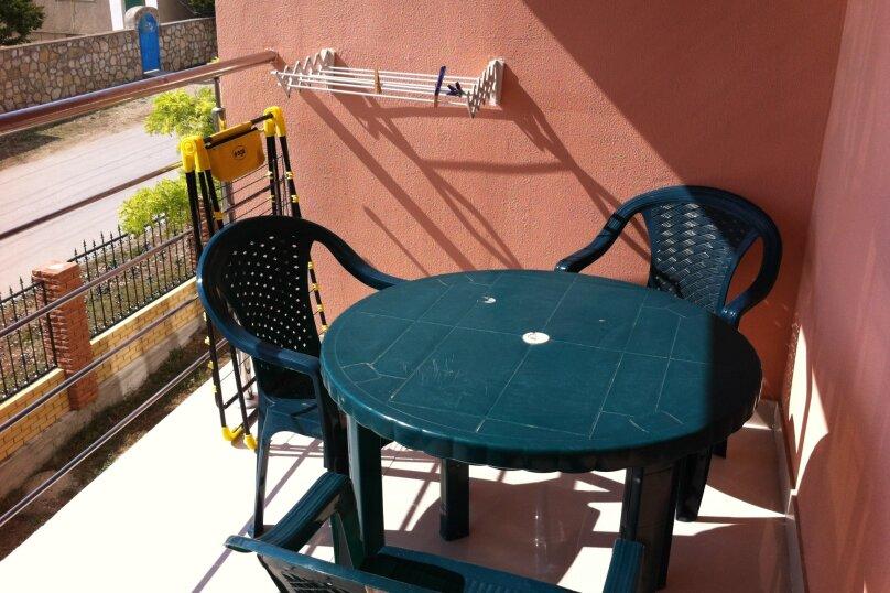 Гостевой дом «Адель», улица 70 лет Октября, 2А на 9 комнат - Фотография 9