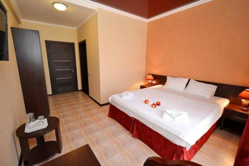Двухместный номер с  2 отдельными кроватями, Каштановая улица, 14, Кабардинка - Фотография 1