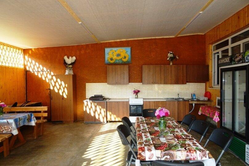 """Гостевой дом """"У Темы"""", Енисейская улица, 541 на 5 комнат - Фотография 3"""