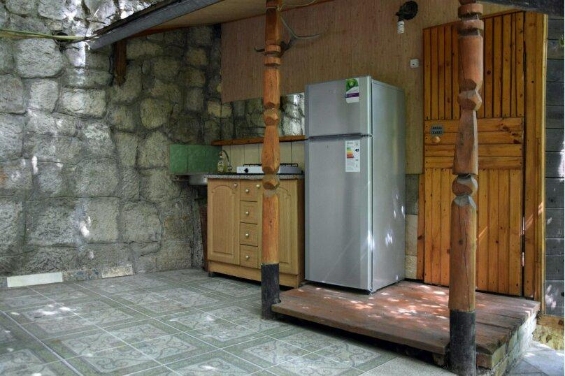 Домик Охотника, 45 кв.м. на 6 человек, 1 спальня, Ялтинская улица, 2, Алупка - Фотография 3