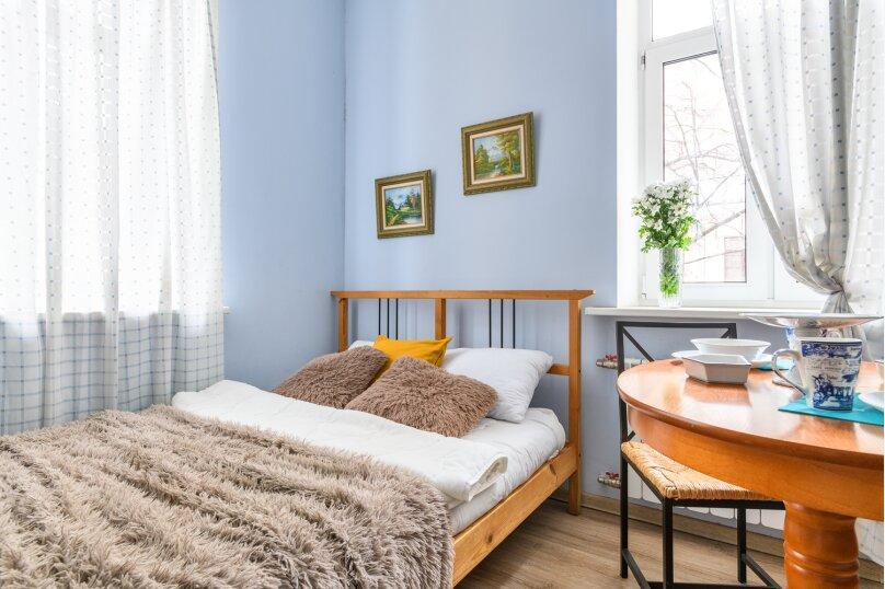 1-комн. квартира, 30 кв.м. на 4 человека, переулок Антоненко, 3, Санкт-Петербург - Фотография 1