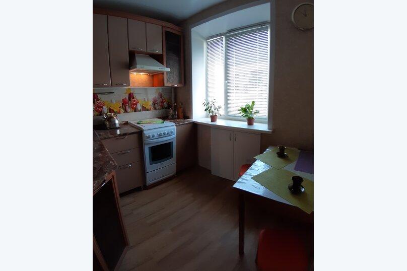 2-комн. квартира, 47 кв.м. на 4 человека, улица Чапаева, 8, Волгоград - Фотография 12