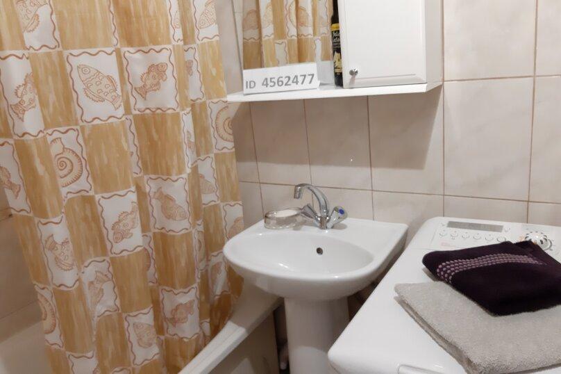 2-комн. квартира, 47 кв.м. на 4 человека, улица Чапаева, 8, Волгоград - Фотография 16