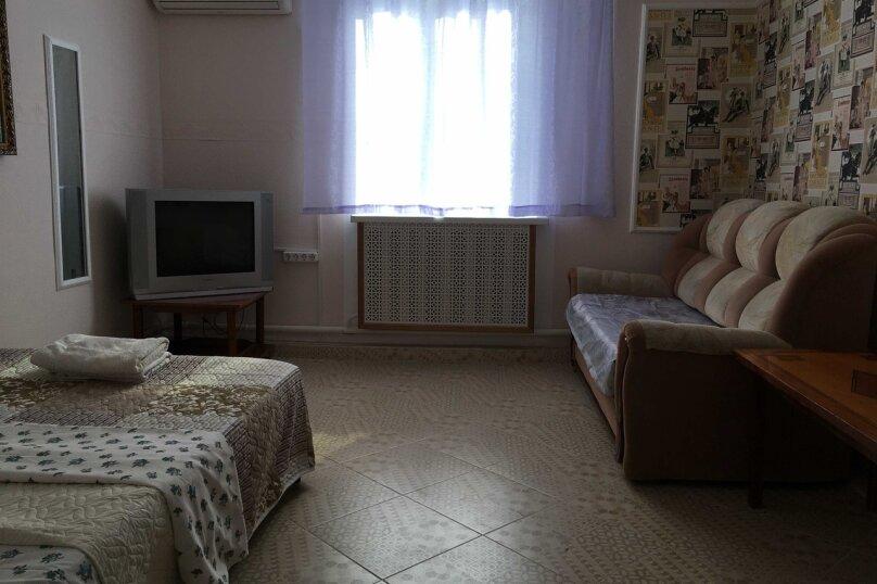 Дом, 40 кв.м. на 5 человек, 2 спальни, улица Кустодиева, 35, Геленджик - Фотография 5