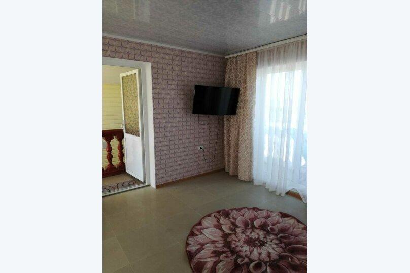 Улучшенный 2х местный номер, улица Комарова, 121А, село Угловое - Фотография 3