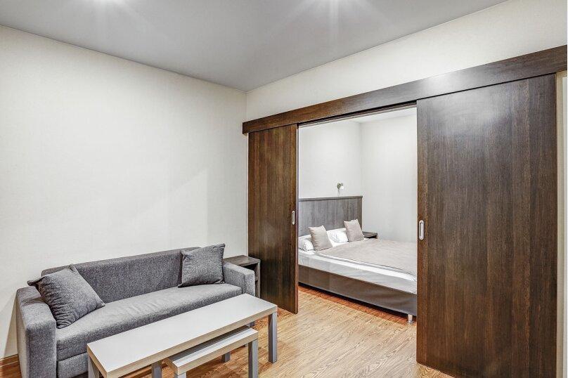 Комфорт с одной двухспальной или двумя раздельными кроватями и балконом, Кременчугская улица, 9к1, Санкт-Петербург - Фотография 1