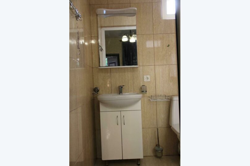 Двухместный номер с 1 кроватью или 2 отдельными кроватями , Гячрыпш, Новая улица, 8А, Гагра - Фотография 4