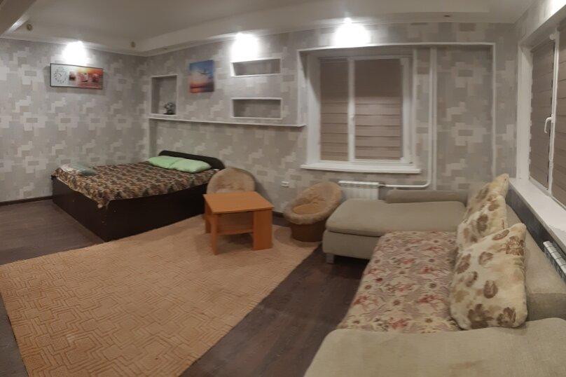 1-комн. квартира, 32 кв.м. на 4 человека, улица Анатолия Гладкова, 9, Красноярск - Фотография 10