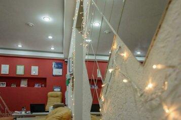 Хостел «Браво на Казанской», Казанская улица, 8-10 на 17 номеров - Фотография 1