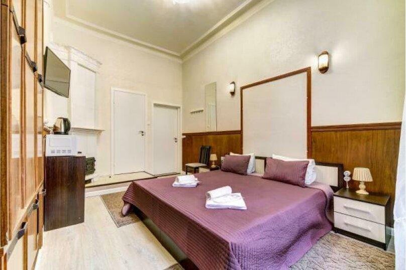 Двухместная гостевая комната с собственным с/у, улица Марата, 8, Санкт-Петербург - Фотография 1