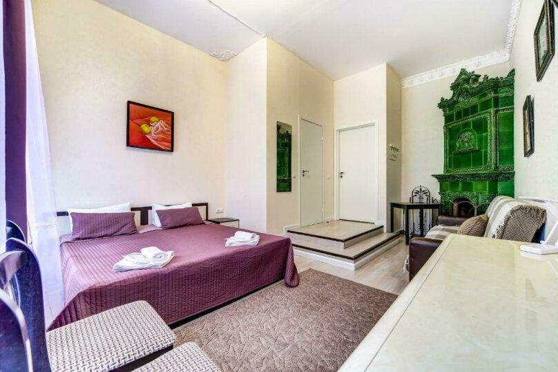 Двухместная гостевая комната с камином и собственным с/у, улица Марата, 8, Санкт-Петербург - Фотография 1