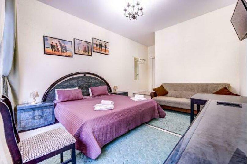 Улучшенная двухместная гостевая комната с собственным с/у, улица Марата, 8, Санкт-Петербург - Фотография 3