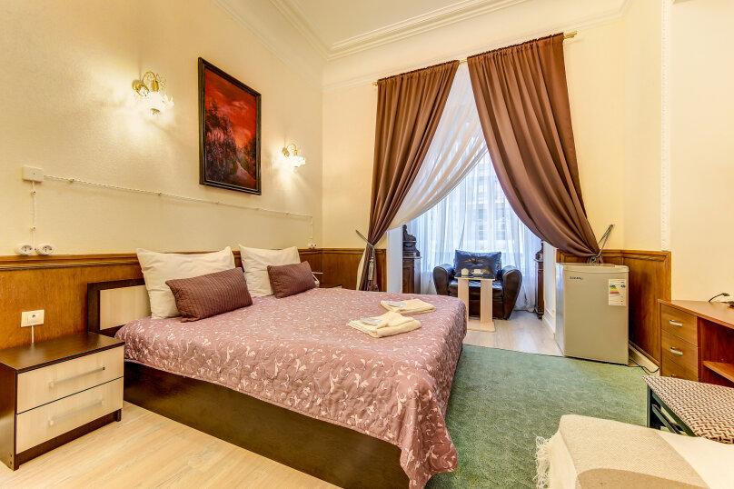 Улучшенная двухместная гостевая комната с собственным с/у, улица Марата, 8, Санкт-Петербург - Фотография 1