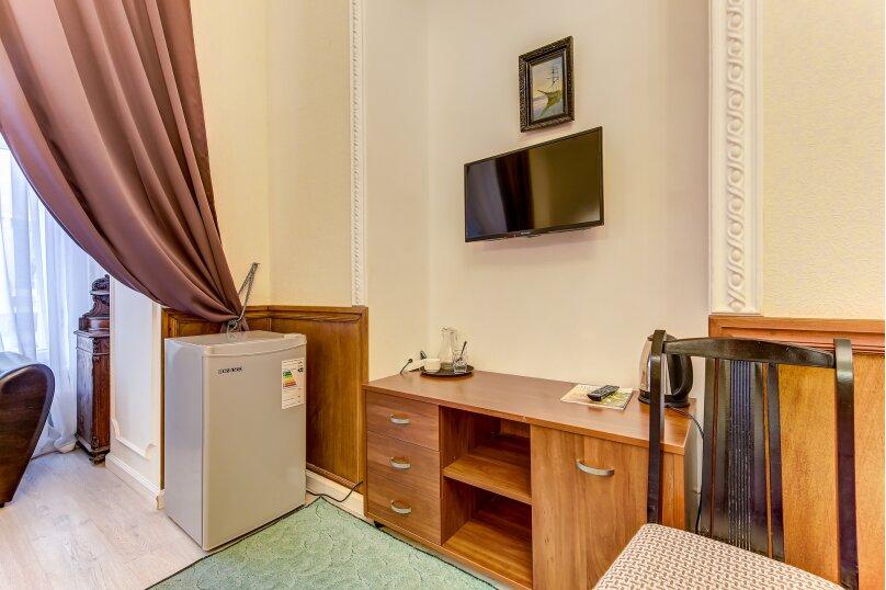 Улучшенная двухместная гостевая комната с собственным с/у, улица Марата, 8, Санкт-Петербург - Фотография 6