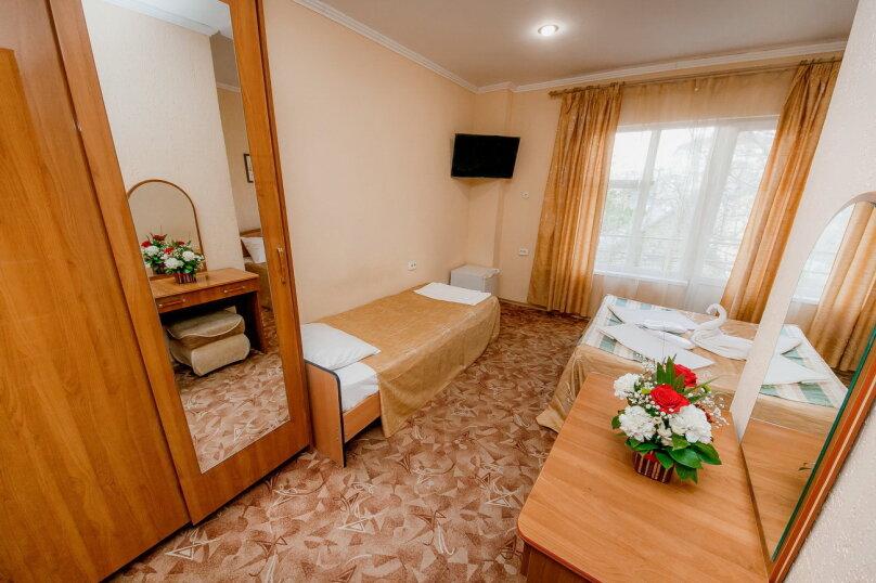 Отдельная комната, улица Островского, 56, Геленджик - Фотография 2