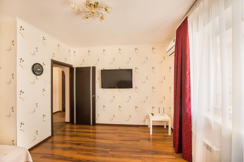 1-комн. квартира, 37 кв.м. на 4 человека, улица Маршала Жукова, 54, Тольятти - Фотография 3
