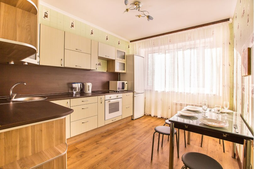 1-комн. квартира, 37 кв.м. на 4 человека, улица Маршала Жукова, 54, Тольятти - Фотография 5