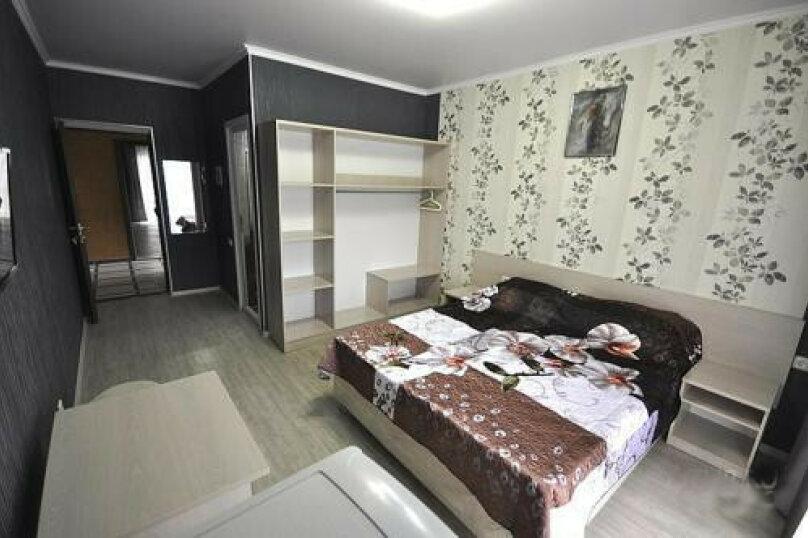 Двухместный номер Делюкс с 1 кроватью или 2 отдельными кроватями и балконом, мкр. Жемчужный, 2/А, Кабардинка - Фотография 2