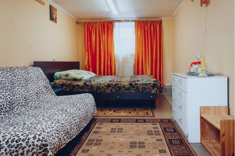 """Двухместный номер """"Эконом"""", 1-я улица Трусова, 33, Тверь - Фотография 2"""