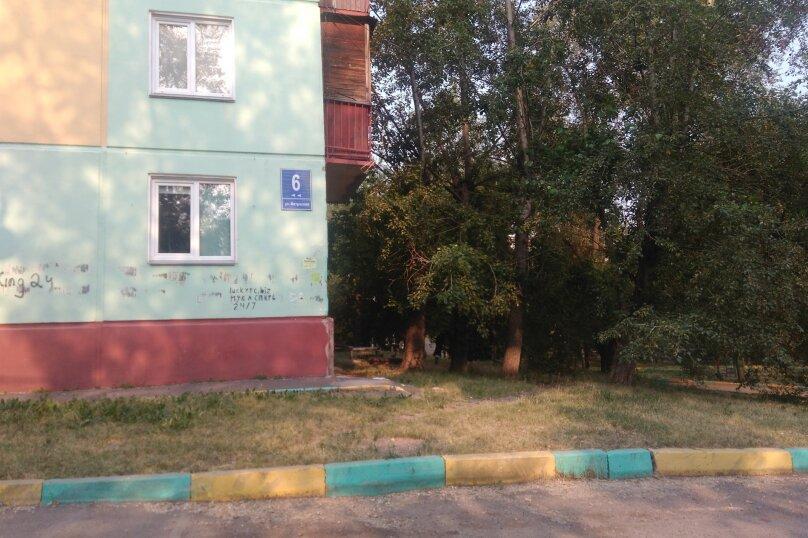 1-комн. квартира, 32 кв.м. на 4 человека, улица Александра Матросова, 6, Красноярск - Фотография 16