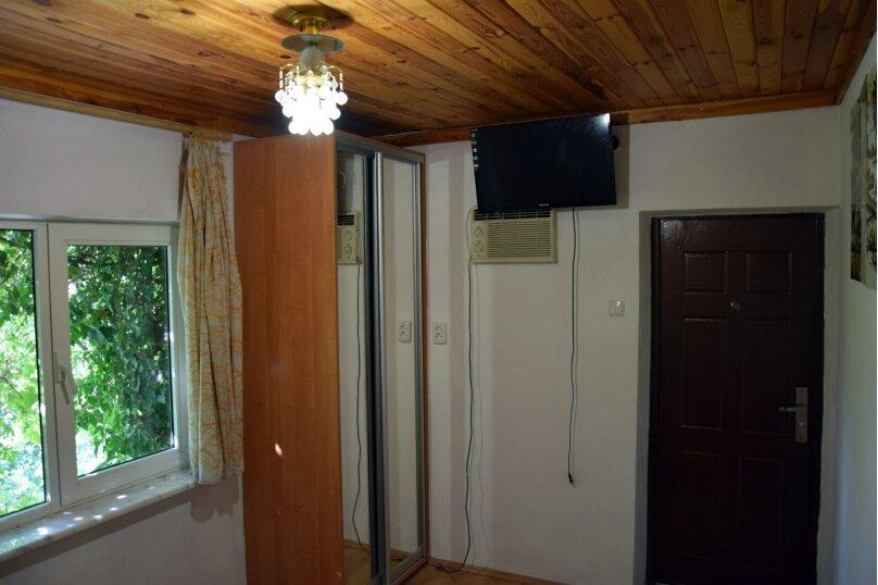 Дом Медный , 45 кв.м. на 6 человек, 2 спальни, Ялтинская улица, 2, Алупка - Фотография 7