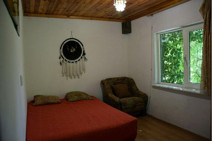 Дом Медный , 45 кв.м. на 6 человек, 2 спальни, Ялтинская улица, 2, Алупка - Фотография 11