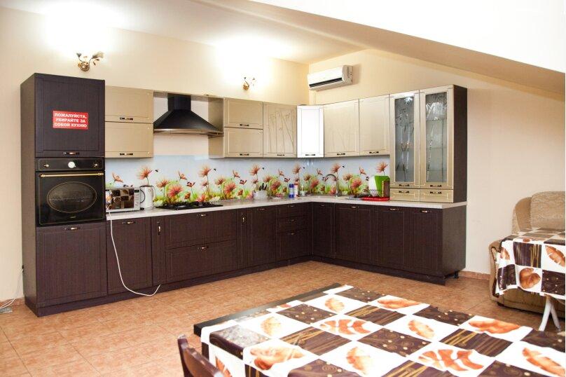 """Гостевой дом """"GREEN guest house"""", улица Тюльпанов, 4Г на 8 комнат - Фотография 11"""