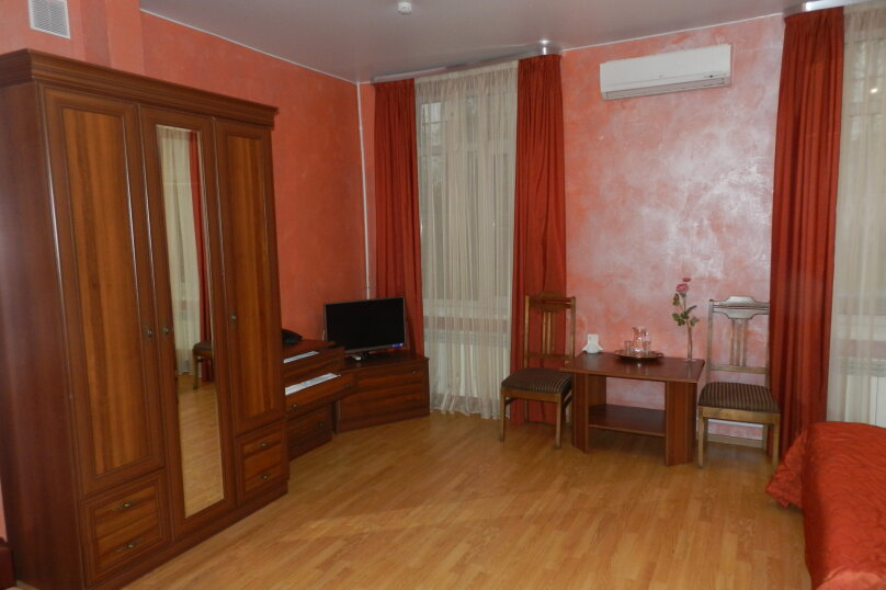 """Двухместный номер """"Комфорт"""" с 1 кроватью, Слободская улица, 3, Санкт-Петербург - Фотография 6"""