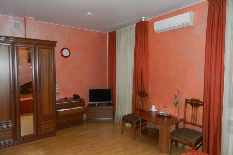 """Двухместный номер """"Комфорт"""" с 1 кроватью, Слободская улица, 3, Санкт-Петербург - Фотография 9"""