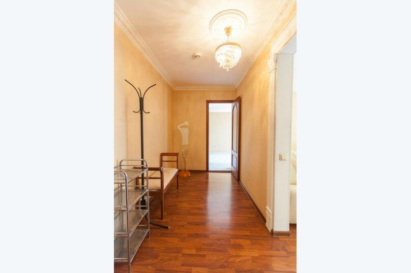 2-комн. квартира, 65 кв.м. на 5 человек, улица Шеронова, 10, Хабаровск - Фотография 7