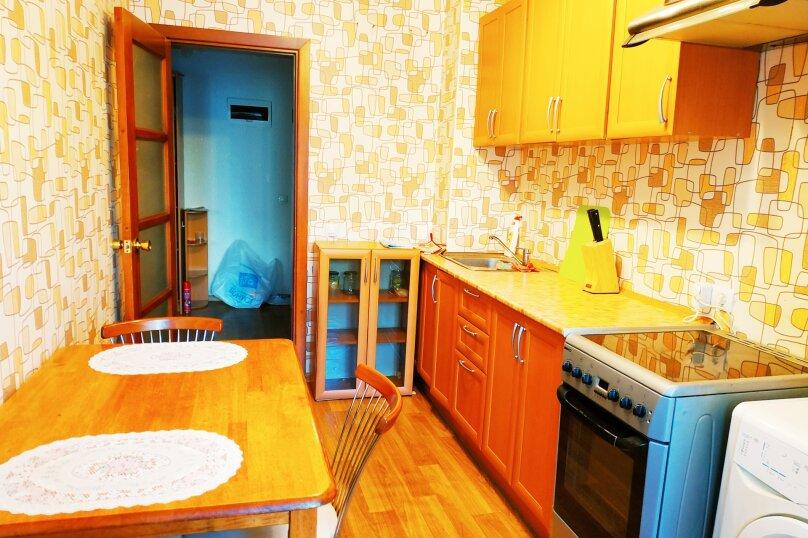 1-комн. квартира, 50 кв.м. на 3 человека, улица Войкова, 8, Хабаровск - Фотография 3