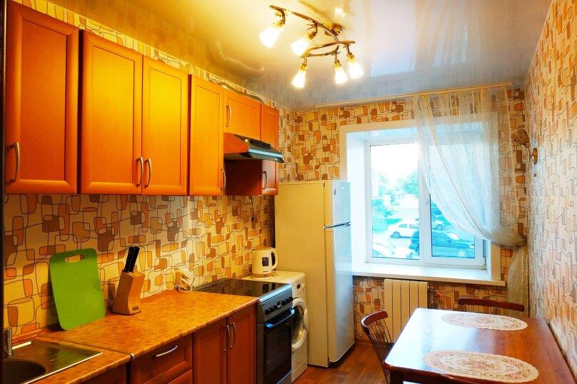 1-комн. квартира, 50 кв.м. на 3 человека, улица Войкова, 8, Хабаровск - Фотография 4
