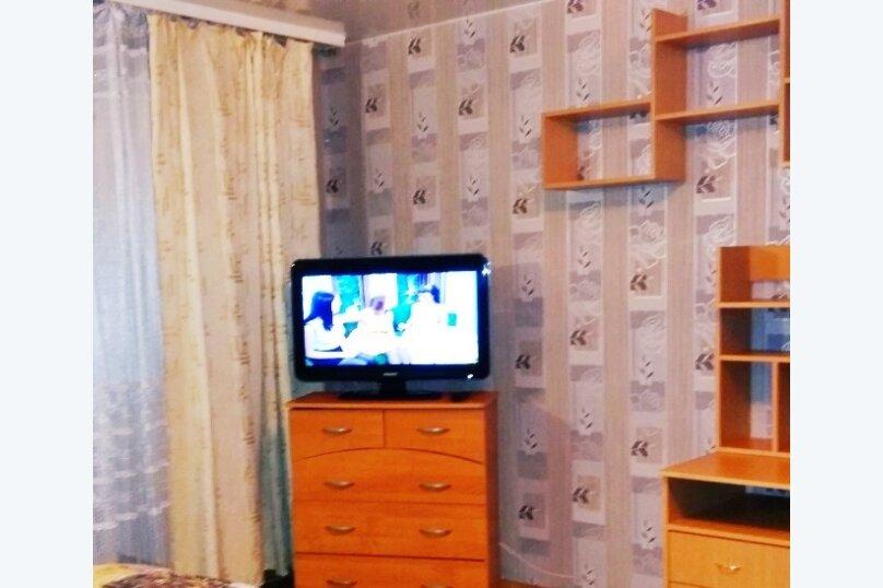 1-комн. квартира, 40 кв.м. на 4 человека, улица Калинина, 14, Хабаровск - Фотография 4
