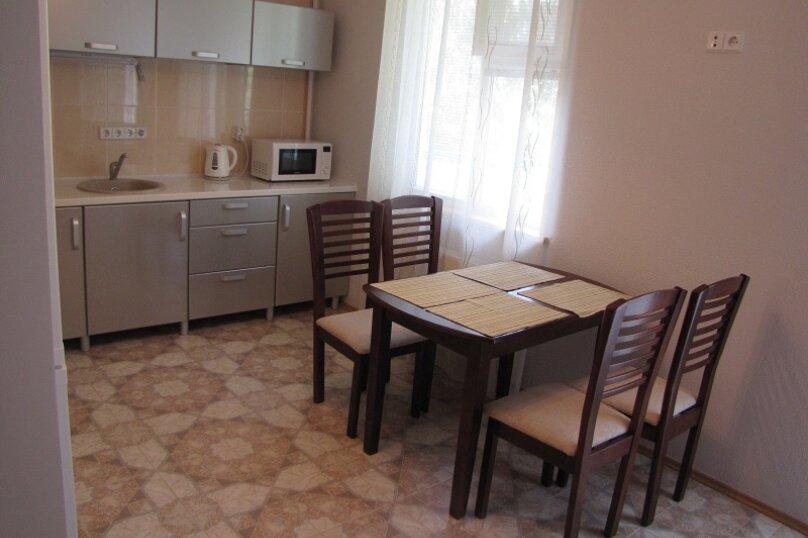 1-комн. квартира, 63 кв.м. на 5 человек, Адмиральский б-р, 7г, Феодосия - Фотография 4