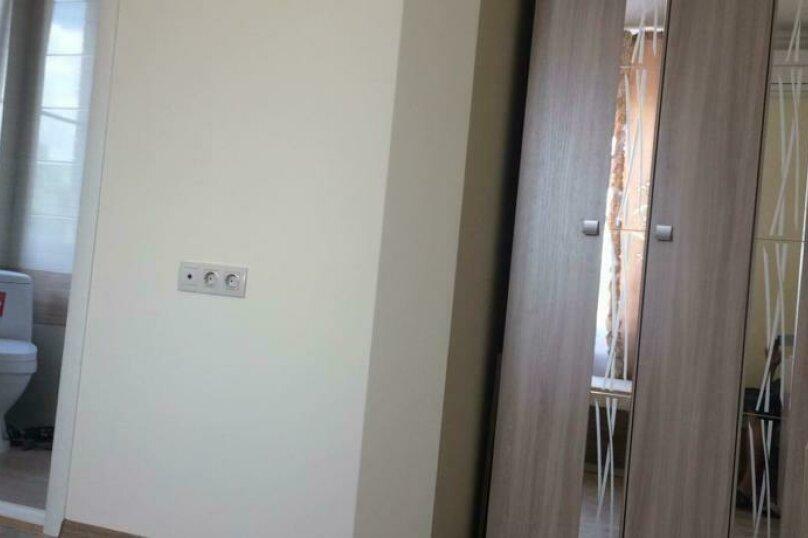 Двухместный номер с 2 отдельными кроватями и ванной комнатой      №3, Одесская, 25, Ейск - Фотография 2