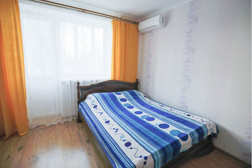 2-комн. квартира на 6 человек, улица Чкалова, 92, Феодосия - Фотография 6